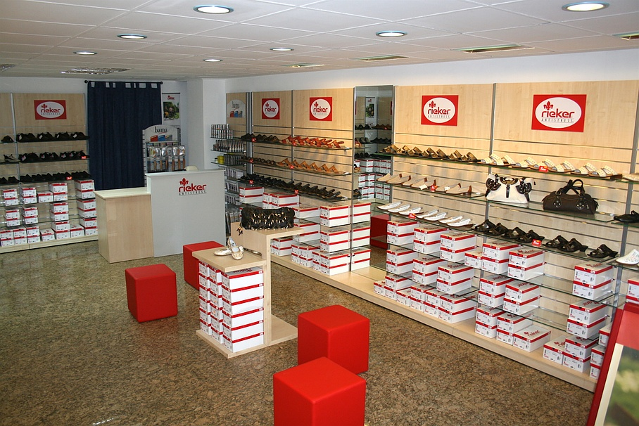 cheap for discount 661be de7d5 Rey Schuh-Shop & Reparaturen - Über uns - Thun